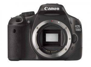 canon 550d front view