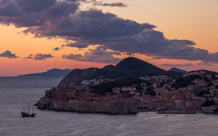 Dubrovnik at sunset. With pirates!