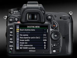Canon 60D vs Nikon D7000: Best Midrange SLRs? – Light And Matter