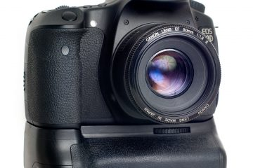 Canon 60D with Neewer - MeiKe BG-E9 Battery Grip