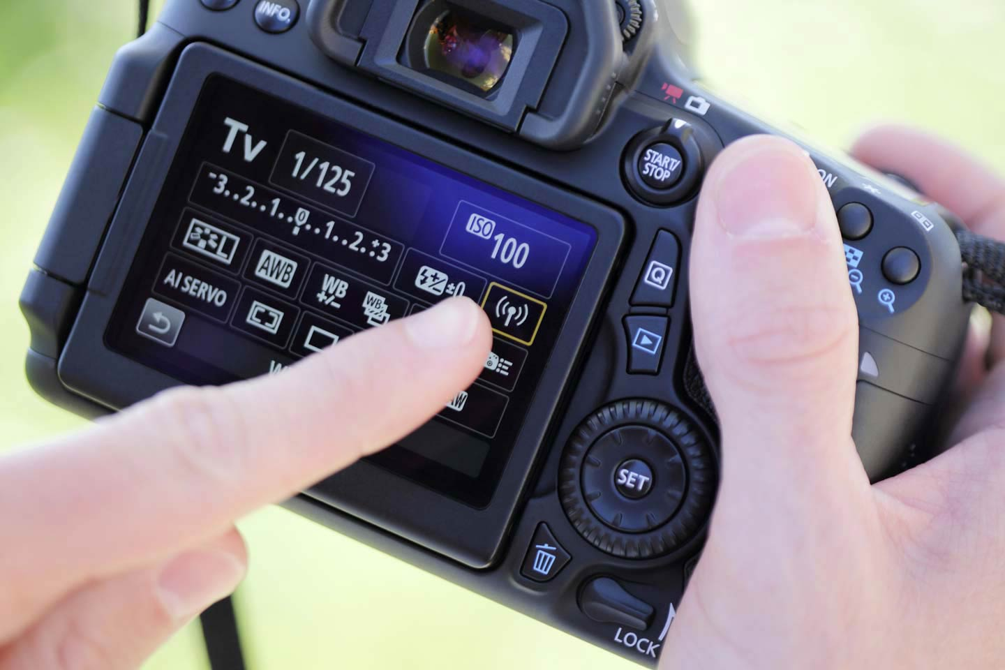 Canon 70D Touch Screen