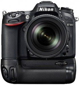 Nikon D7100 with grip