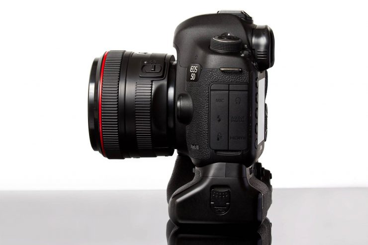 The Fujin Mark II attached to a Canon 5D Mark III.