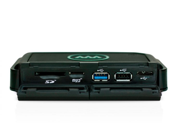 Gnarbox 256GB slots and ports.