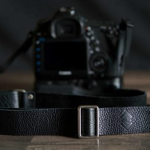 tether overlap strap on Canon 5D