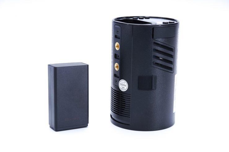 Godox AD100Pro battery