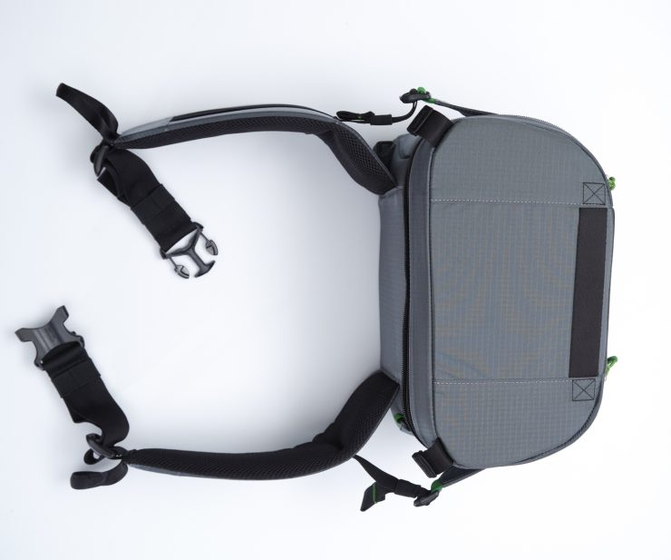 Rotation180 34L backpack camera compartment