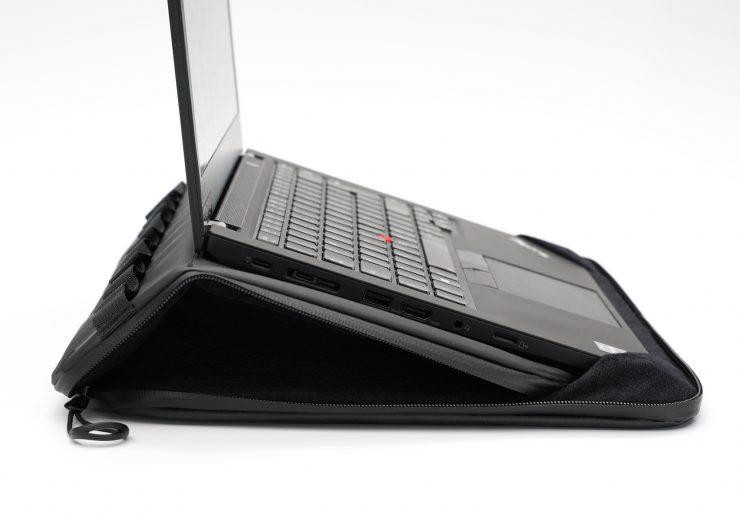 Wandrd laptop sleeve